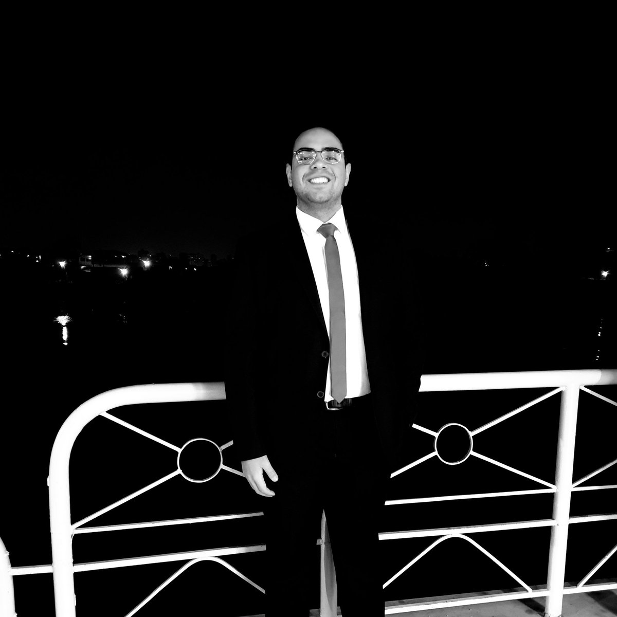 #NewProfilePic When you in love with #night and #nilepic.twitter.com/HruqUMkoan