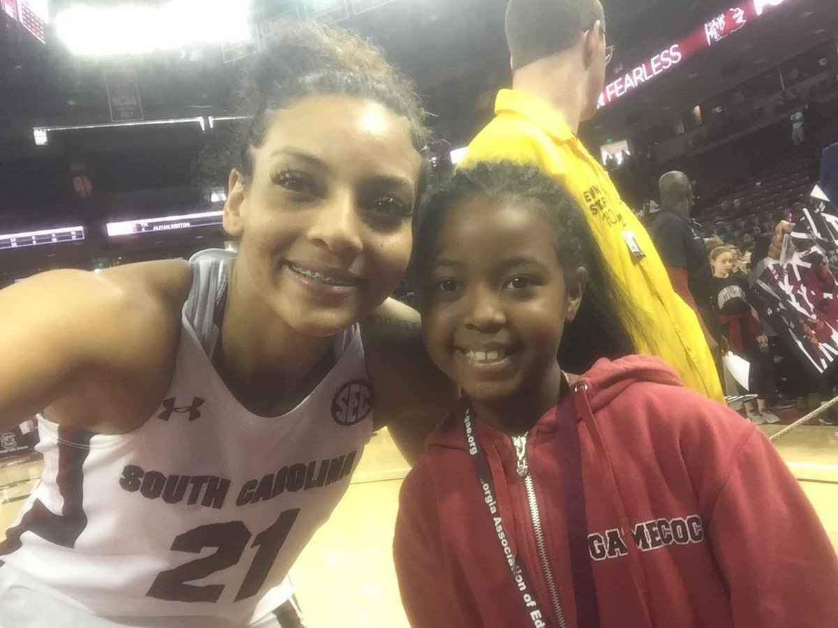 She became a HUGE @GamecockWBB fan this past season and today is her BIRTHDAY! It would mean a lot if some of the staff/team could give a special shout-out to Cassi to celebrate her 9th birthday! @dstnylttltn24 @dh3so3hd @TyHarris_52 @0livia_Th0mps0n @lele4grissett @vsaxton25 ❤️