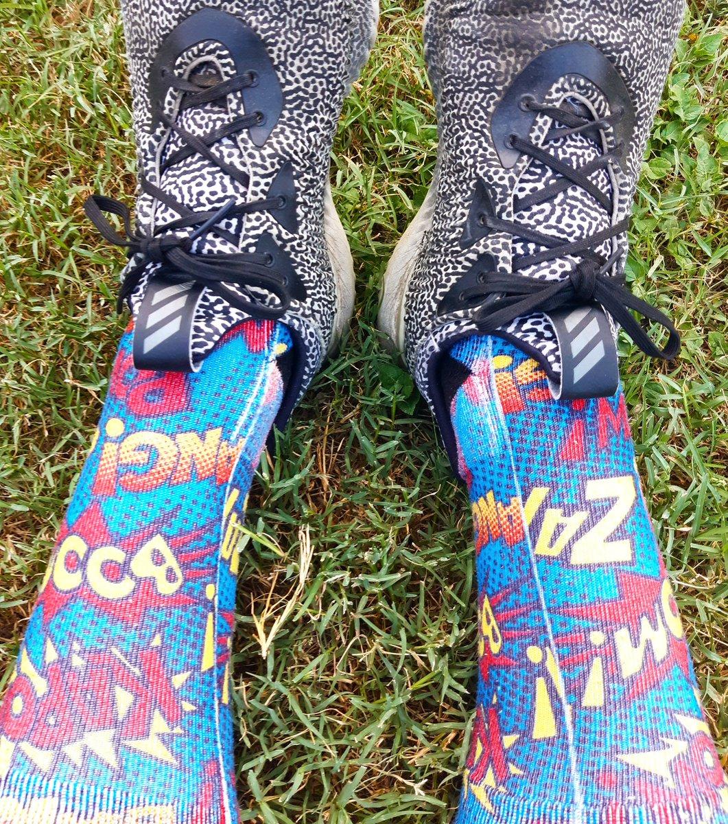 Na na na na na na Batman, boom, kappa, bang! Socks & Adidas Aramis Alphabounce #nananananabatman #batman #kapow #bam #lootcrate #sharethewear @lootcrate @lootwear #socks #ootd #sotd #shoes #adidas @adidasoriginals @adidasrunning #adidasarsmis #alphabounce @adidasalphabounce https://t.co/uVGVCvpCv2