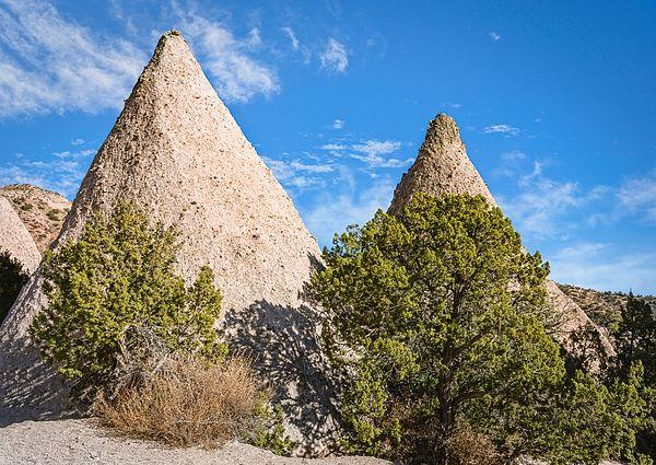 At Kasha-Katuwe Tent Rocks National Monument! https://buff.ly/2W2QiAC #tentrocks #kashakatuwe #nationalmonument #monument #park #nationalpark #NewMexico @joancarrollpic.twitter.com/fVoM7jchcl