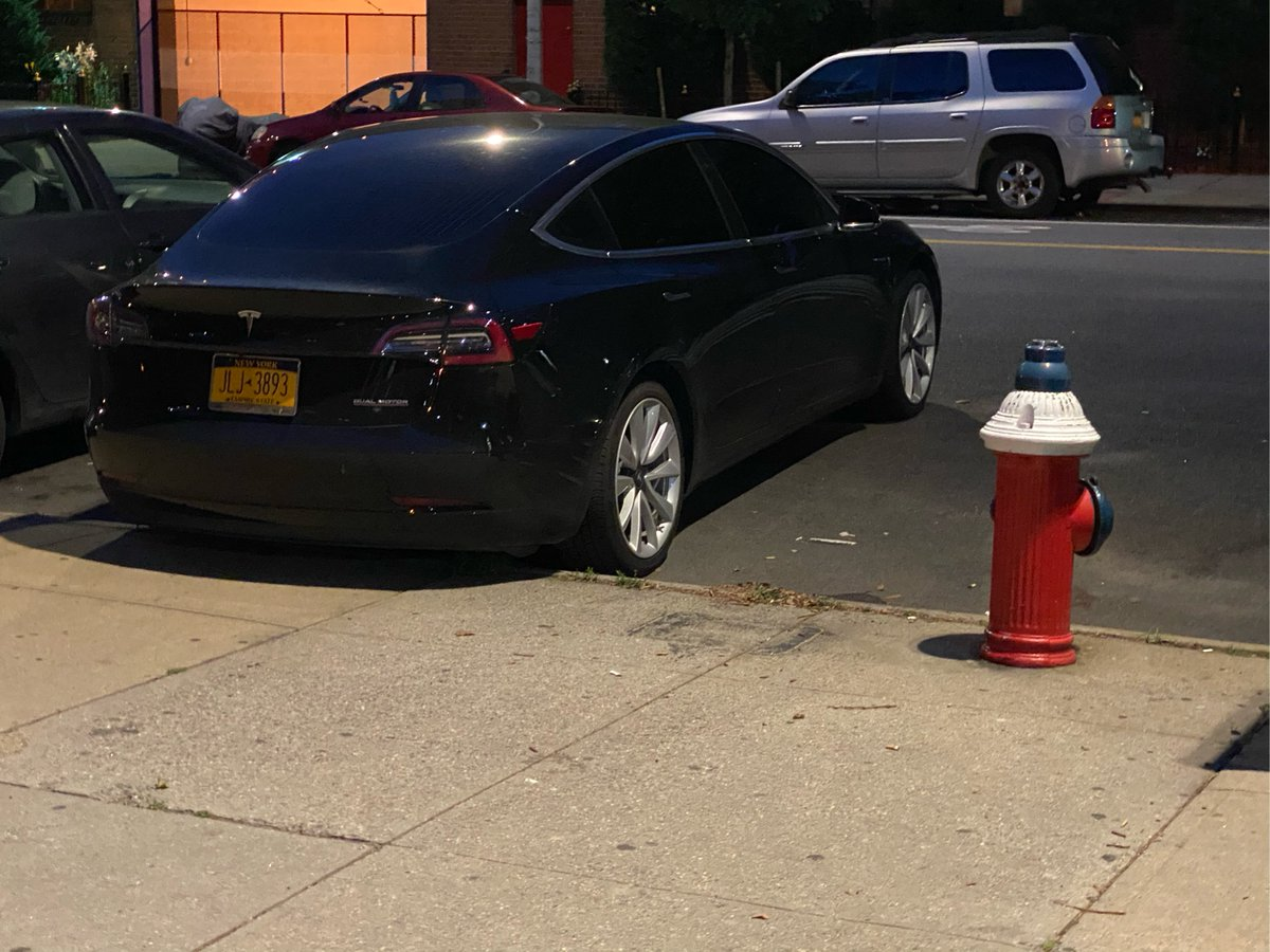 Tesla Model 3 driver JLJ3893 parked illegally near 297 Delancey St on July 9. This is in Manhattan Community Board 03 #CB3Man & #NYPD7. #VisionZero