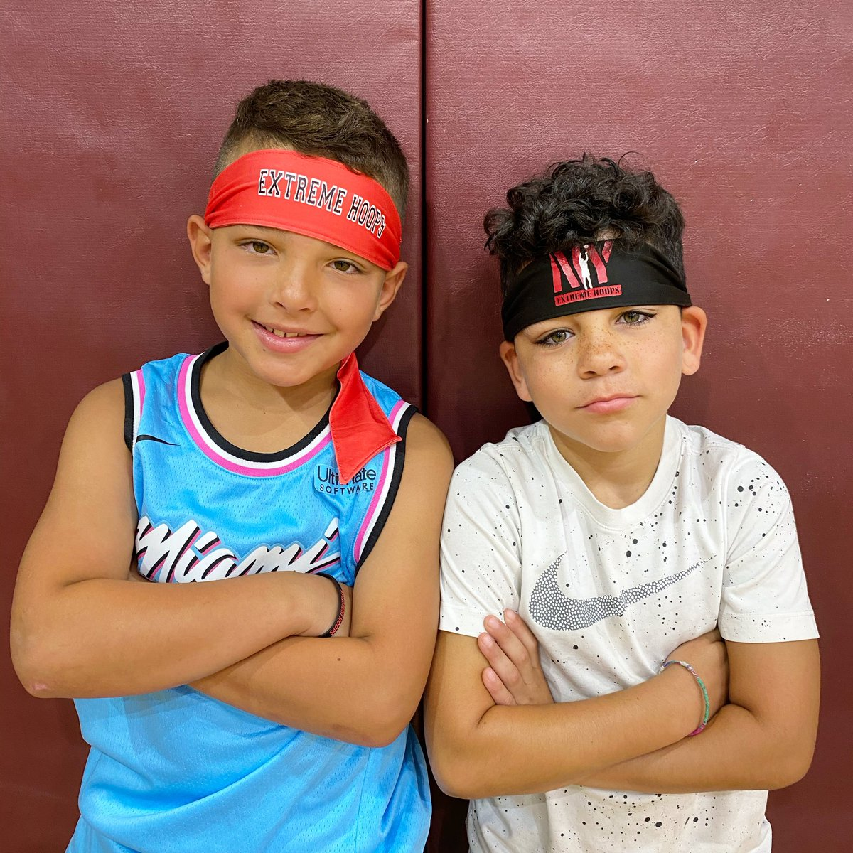 3rd grade ballers Chase and Gio rocking the Extreme Hoops headbands 🔥🔥🔥 https://t.co/fnycwIbswn