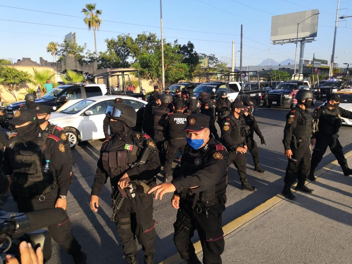 #Policía   Reportan riña tras operativo de taxis 'piratas' en #Escobedo  https://t.co/NxI5opEuPx https://t.co/BtULEPXkGr