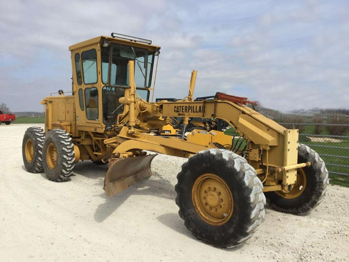 1980 #Caterpillar 140G 72V04375 #motorgrader For Sale | $ 42,500 Houston, Texas, USA  Hours: 10,000 Cab, AC,14',14X24, EST Hours, Township Machine, Tires: 14.00 Tires. Excellent Condition.  https://bit.ly/3eeS4oN  Houston, Texas, USA | $ 42,500pic.twitter.com/5opQ8HX2zT