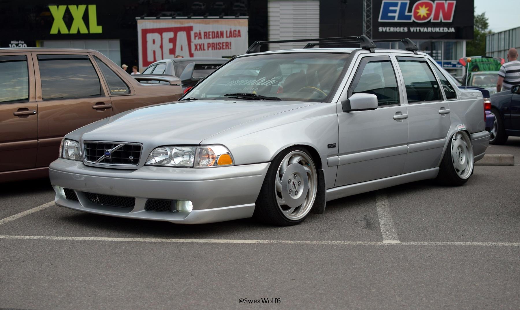 Volvo S70 Stance
