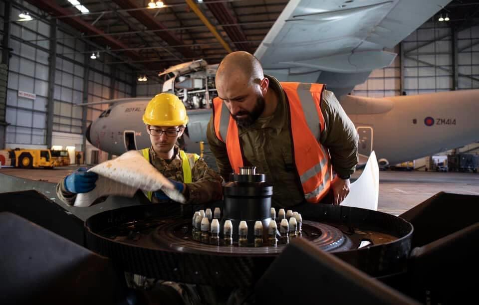 Tailored tooling and equipment was required for the project; one that had never been attempted before at such a remote location away from RAF Brize Norton. @LeadershipNext1 https://t.co/S05KHXZdvp