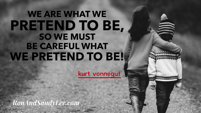 """""""We are what we pretend to be, so we must be careful WHAT we PRETEND TO BE!"""" - Kurt Vonnegut You're in control! #femalebusinessowner #businessgrowth #empreendertransformapic.twitter.com/XEWjqvgnVC"""