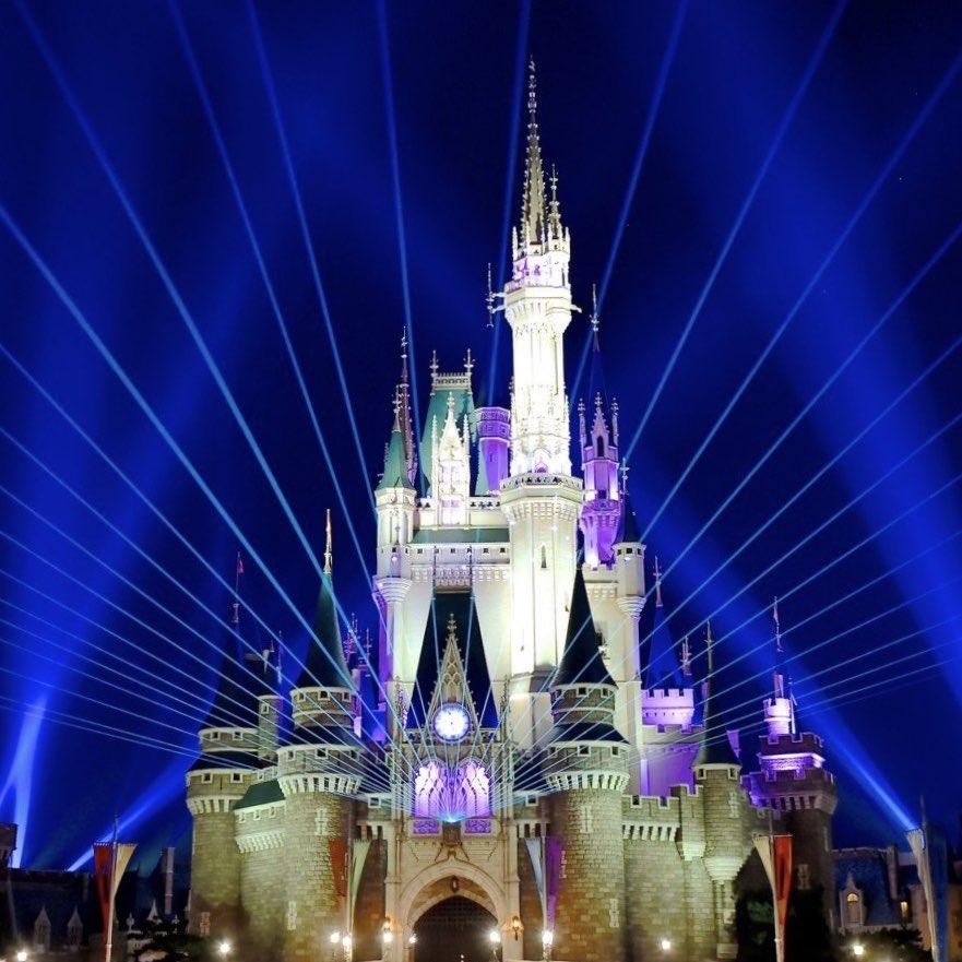 東京ディズニーランド、東京ディズニーシー「ニューイヤーズ・イヴ」は実施されないことが発表されました。