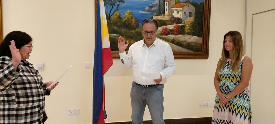 New PH Honorary Consul in Nicosia, Cyprus Takes Oath of Office: https://t.co/6eQ95AQUs8  The new Philippine Honorary Consul in Cyprus, Kriton Tornaritis, took his oath of office at Semeli Hotel in Nicosia, Cyprus on 03 July 2020.   #DFAinACTION https://t.co/x52FMEAs8N