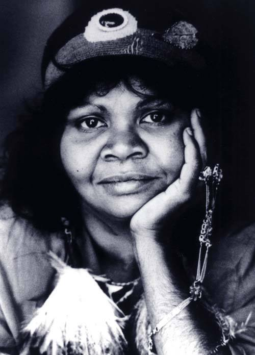 RUBY HUNTER (1955-2010) Ruby Hunter was a proud Ngarrindjeri woman & a musician with a deep, evocative voice whose songs tell the stories of her life, her family & her people. THREAD Photo credit: Jacqueline Mitelman