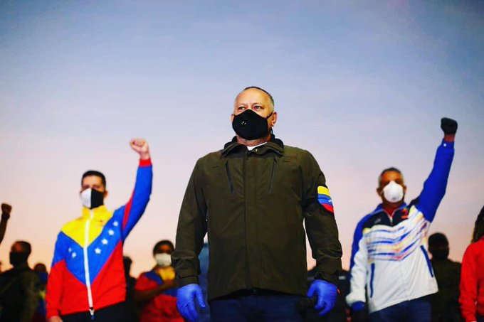 ¡ESTAMOS CON UD MI CAPITÁN @dcabellor! Desde la Tripulación del @ARB_CANB elevamos una plegaria a la Virgen del Valle y al Todopoderoso para la pronta recuperación ante la pandemia del #COVID-19  #VenezuelaConDiosdado #VenezuelaTriunfanteYEnBatalla https://t.co/Styb3wKR0i