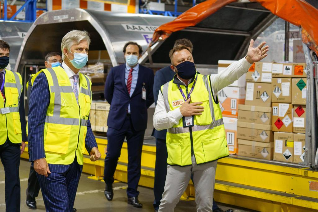 A great honor to have the Belgian King 👑 visit our team members in Liege and show his appreciation for delivering urgent equipment and medical supplies in the recent months. https://t.co/eyWsrJdzVu