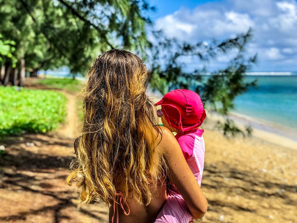 Découvertes, émotions et souvenirs : voyager dans une île tropicale avec son tout-petit. 👨👩👧👦  📸Fernstastisch  #LaReunion #ileintense #reuniontourisme #GoToReunion #CetEteJeVisiteLaFrance #VoyagerEnFamille https://t.co/m4oePWhkrn