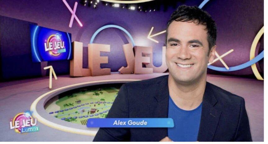 ♟ On retrouve  @alexgoude a 13h30 pour une nouvelle partie du jeu @lumni @France4tv . Pour apprendre en s'amusant . #lumni #alexgoude #VacancesApprenantes #france4 https://t.co/5mOuAmVG04