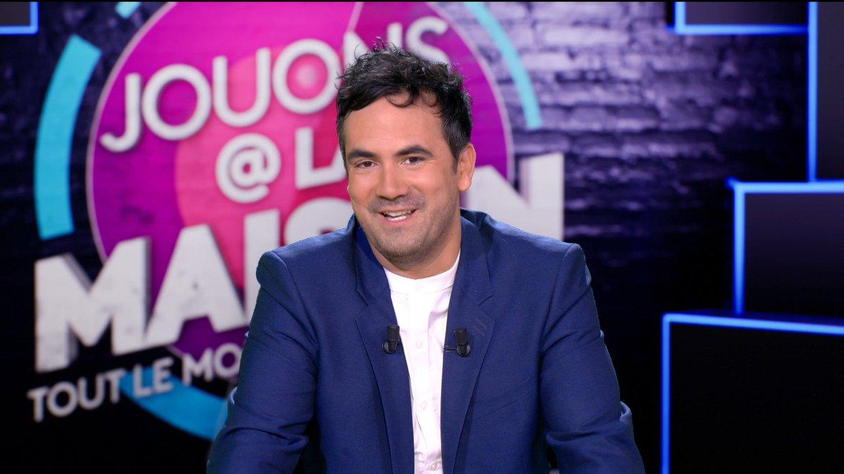 Hier, la quotidienne de #JouonsALaMaison a rassemblé 1,6M de téléspectateurs soit 7,7%Pda sur @France3tv avec @alexgoude ! https://t.co/ehZc8CX4Bn