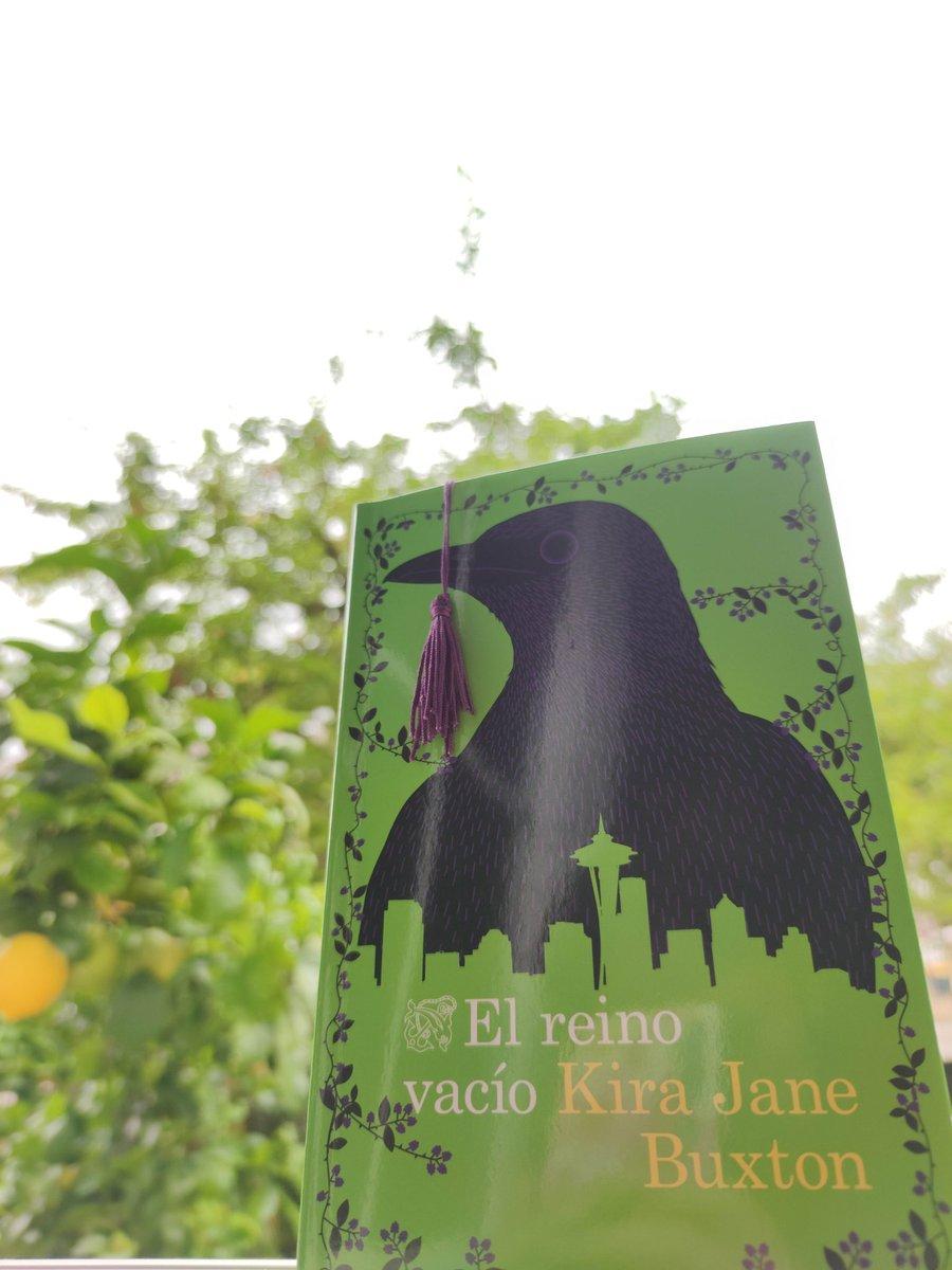 #ElReinoVacio nueva lectura gracias a @anikalibros y @EdDestino . Pronto la reseña en https://www.anikaentrelibros.com/ No dejes de entrar y dar like a las nuevas #reseñas !! #LeoYComparto #Leer #Read #Books #Book #booklovers #10Julio #Lectura #lecturasdeverano #LibrosRecomendadospic.twitter.com/YZFXUDz2W9