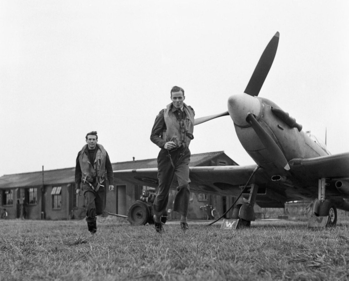 Today marks the 80th anniversary of the start of the #BattleOfBritain. As you go about your business today, in relative safety, peace & calm, spare a thought for the many 100s of young people who would not survive the summer of 1940. https://t.co/vRYjbay3ed