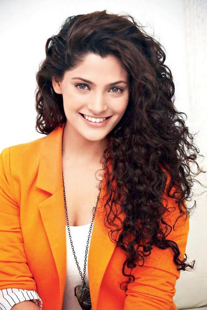 Saiyami Kher  IMAGES, GIF, ANIMATED GIF, WALLPAPER, STICKER FOR WHATSAPP & FACEBOOK