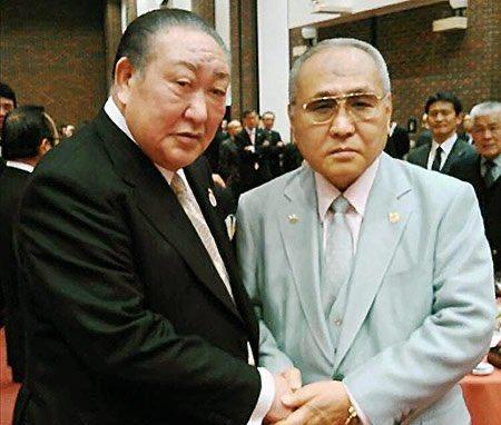 闇のアンガールズ(日大の田中理事長とボクシング連盟の山根会長)
