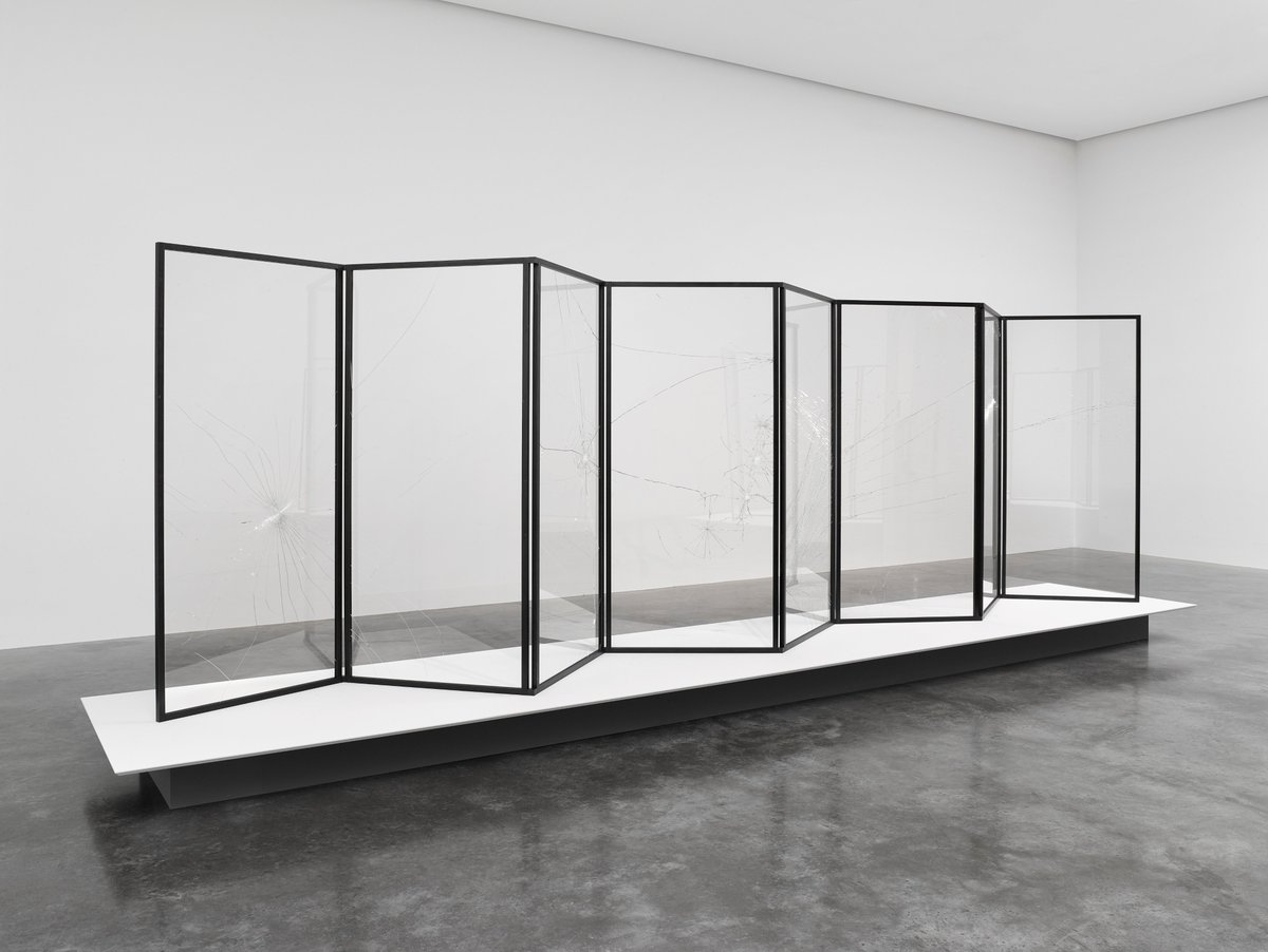 #CerithWynEvans' 'No realm of thought…No field of vision' continues at #WhiteCube #Bermondsey until 2 August.  The show features 'Folds…in shade (also light and shade)', three large folding screens incorporating fractured glass panels.  Plan your visit https://t.co/aydYxGFL7Q https://t.co/LvFRUHImR0