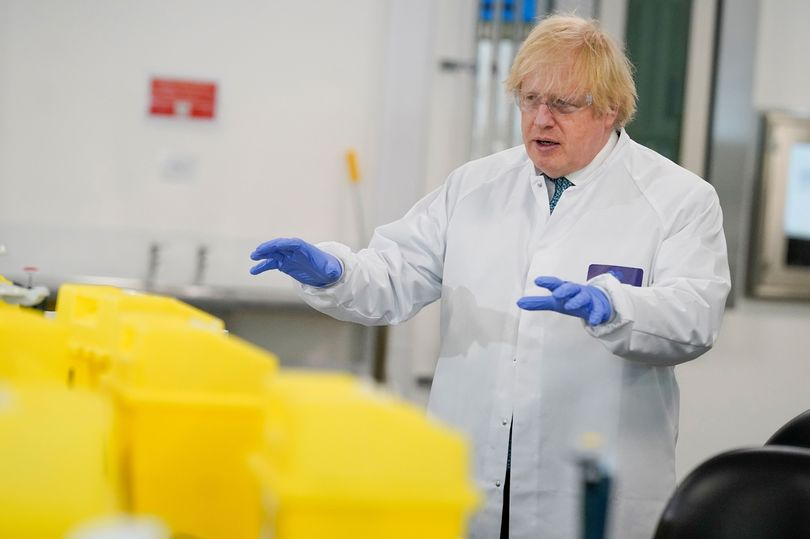 Boris Johnson turns down EU vaccine scheme over fear of delays mirror.co.uk/news/politics/…