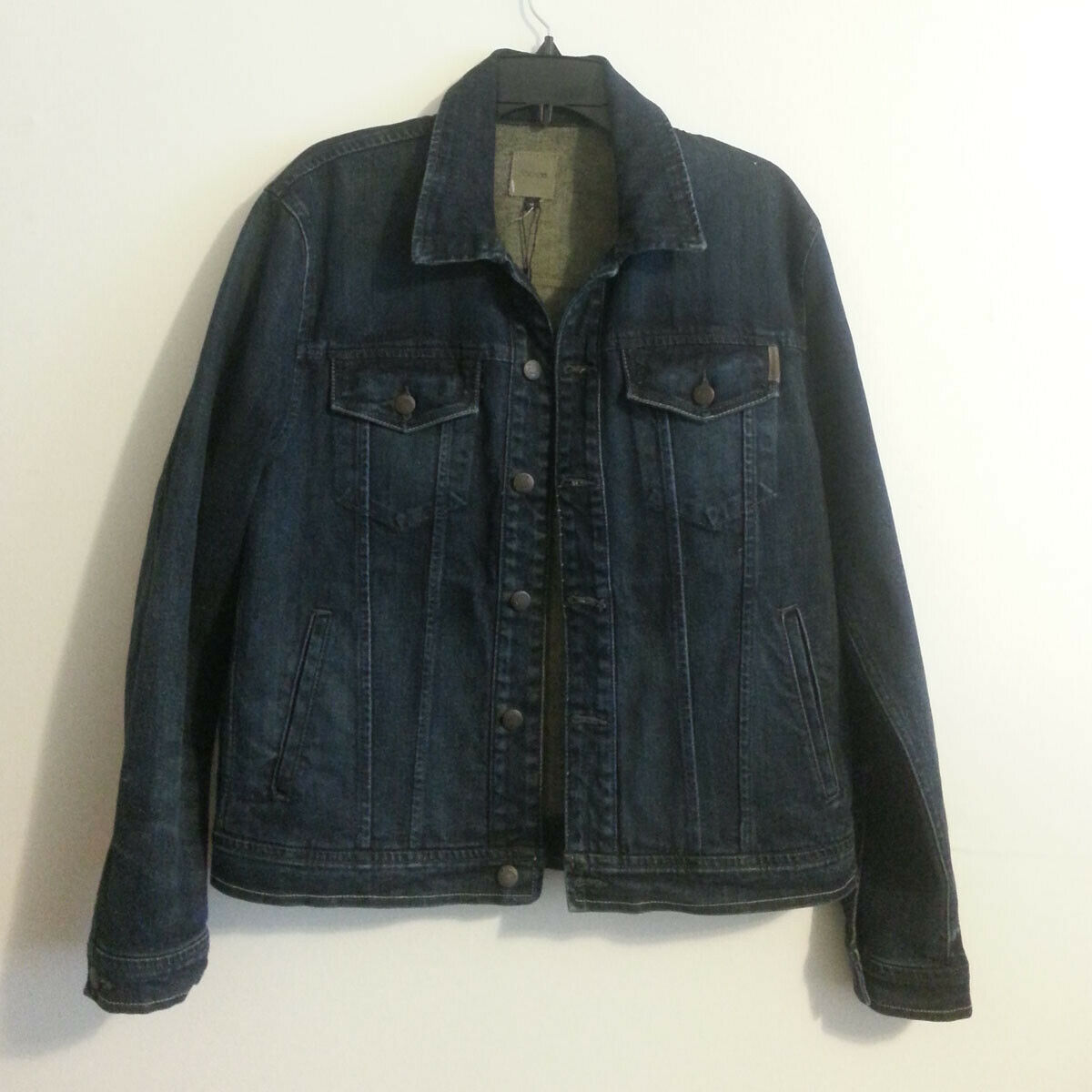 Sale  Good Price!  https://ebay.to/2KzfM5n  Joe's Jeans Men Size M Denim #jacket 2% Elastane 9 pic.twitter.com/NilpBaRyv4
