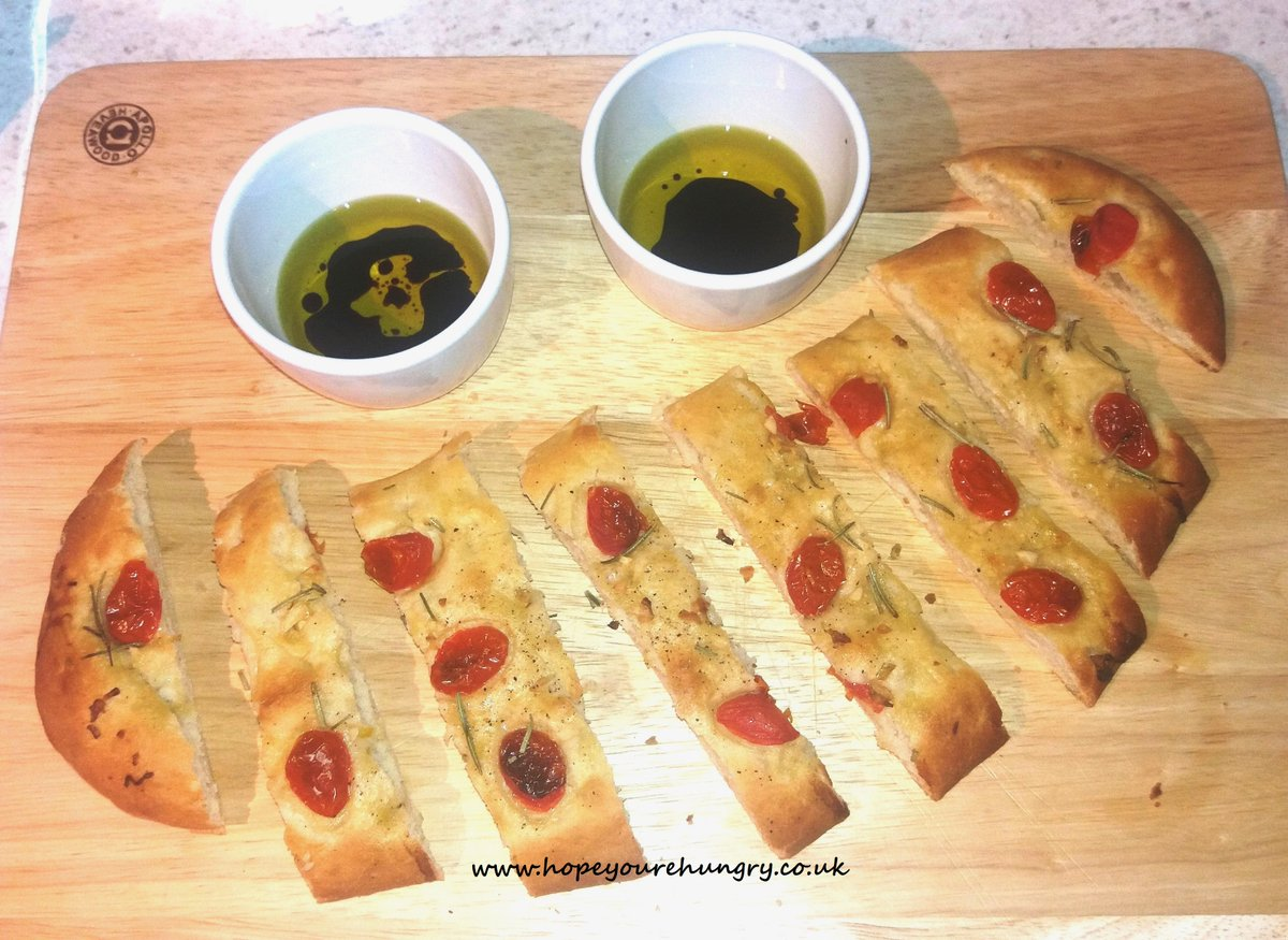 Good morning lovely Hungrys! It's been a busy few weeks, so I'm making a rich #ragu & some #focaccia to go with it - #recipe: https://t.co/5Vw7eSpXgU Handmade, #homemade & perfect for dunking in the #ragu! Stay hungry! ;) x #bakieithappen #justdoughit #lascarpetta #dough #bread https://t.co/B9Y9w5AKHZ