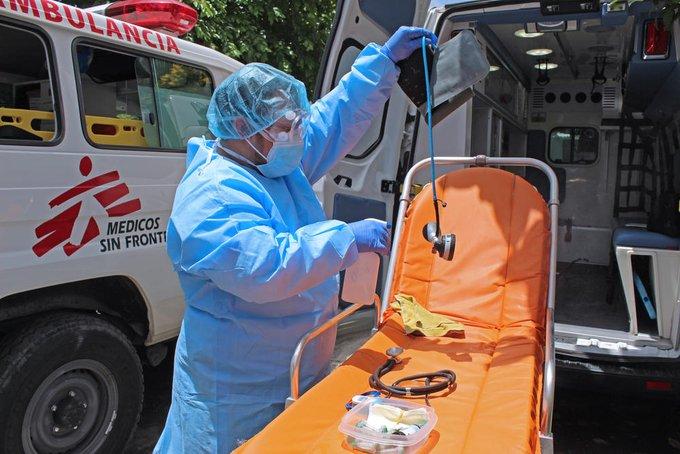 Covid-19: Médicos sin Fronteras alertan aumento de muertes en casas