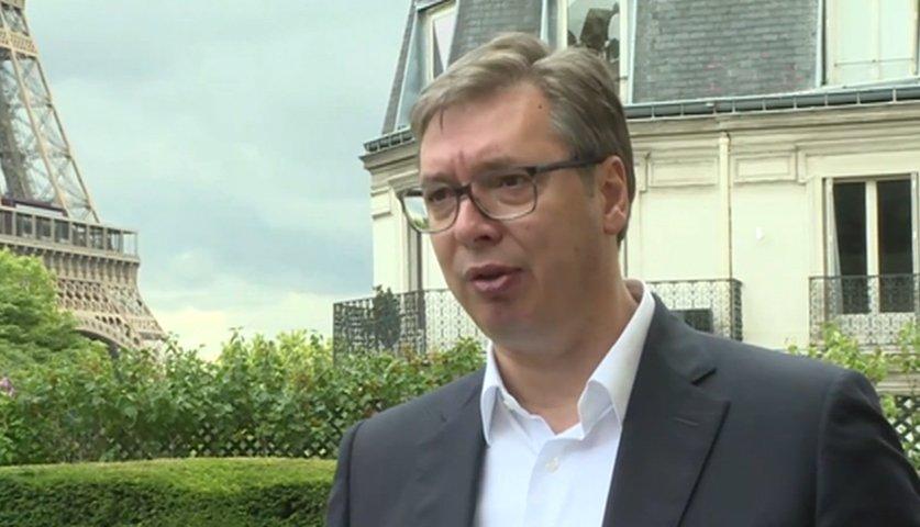 Дијалог са Приштином у Бриселу, планиран за недељу, одложен је за четвртак, рекао је председник Србије, Александар #Vucic @avucic, после видео Самита у Паризу, који је, како је истакао, био тежак, јер Србија има другачији став од свих осталих учесника.  https://t.co/GnCXrUtWZn https://t.co/tu55IqagBE