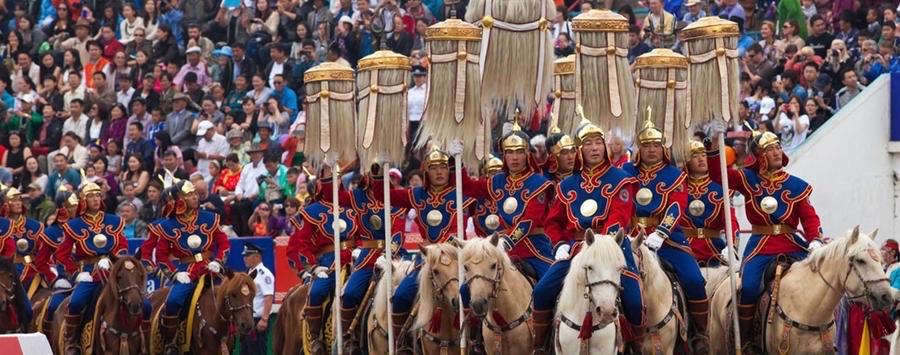 В Монголии готовятся к национальному празднику Наадам  #Монголия #Турция http://v.aa.com.tr/1905908pic.twitter.com/N4DkSOn865
