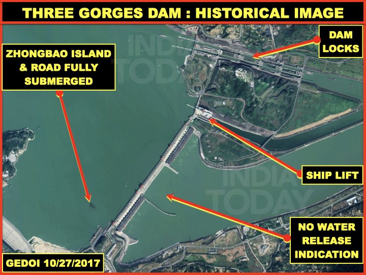 Why did #China open the flood gates of #ThreeGorgesDam prematurely. Gates opened6/24/2020 even before weather warning,much before #Yangtse flooded on7/2/2020. #Wuhan 320km downstream flooded just before @WHO rep visit. Notice 2017more water,gates not open. https://t.co/wMJvJaBXRM https://t.co/TaYCXso7hS