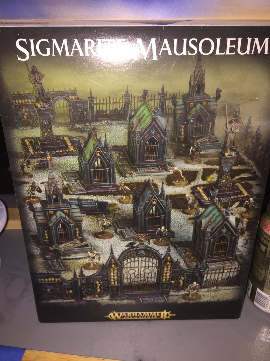 Selling all the spare parts to the Sigmarite Mausoleum on eBay right now. #Warhammer #ageofsigmar https://t.co/frPyqXvywd