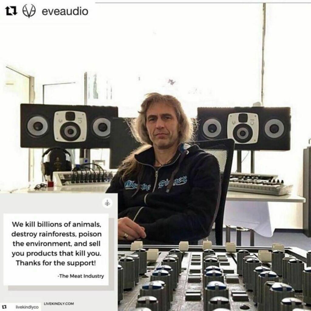 "Part 2 of 3 regarding the ""Is Metal Veggie Or Vegan?"" with Jürgen of the online magazine #timeformetal (In German). Please use a translator, it's worth reading. #axelritt #ironfinger #the_real_ironfinger @_vpartei_ @vparteihessen #vegan #vegandeutschlan… https://www.instagram.com/p/CCd3oJ8nuEg/?igshid=1wgprq5rkadxj…pic.twitter.com/vgMI3m6RUE"
