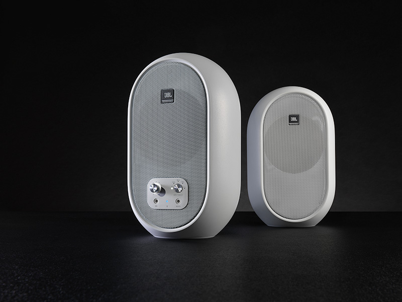 JBL launches 104-BT and 104-BTW for pros looking to cut the cord 👉🏼 https://t.co/zersmJHguf https://t.co/tErnbiVqXX