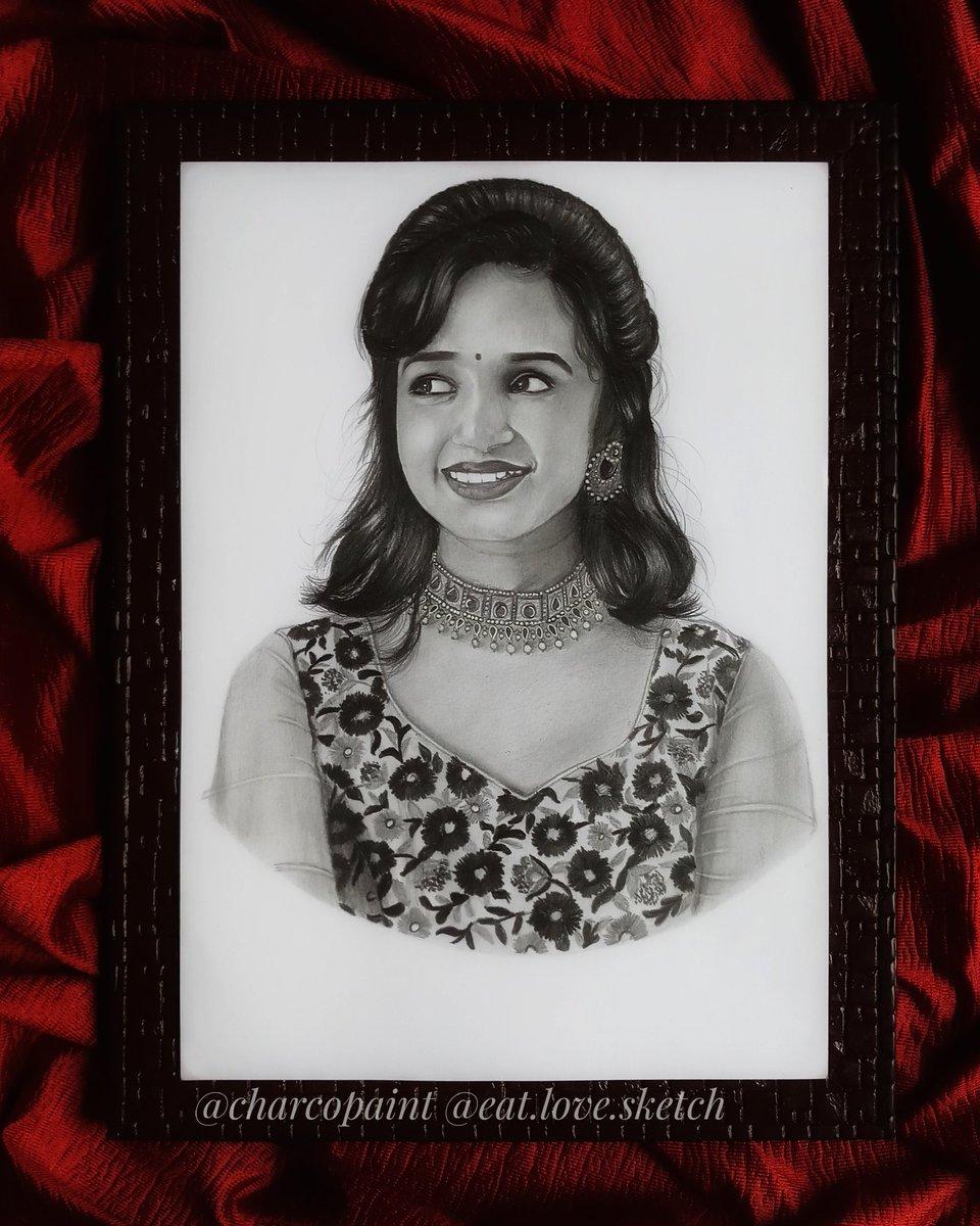 𝑺𝒖𝒓𝒑𝒓𝒊𝒔𝒆 𝒚𝒐𝒖𝒓 𝒍𝒐𝒗𝒆𝒅 𝒐𝒏𝒆𝒔 𝒘𝒊𝒕𝒉 𝑯𝒂𝒏𝒅𝒎𝒂𝒅𝒆 𝒑𝒐𝒓𝒕𝒓𝒂𝒊𝒕𝒔 DM For portraits  Order no.65 A4 size Follow @Artist_Jeevitha  #art #artistsontwitter #sketch #portrait #HandmadeHour #artists #support #RETWEEET #like #artofthedaypic.twitter.com/a8T8qmYQb4 – at Peenya 2nd Stage