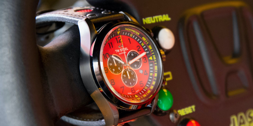 Get the best of both worlds: Dutch racing meets Swiss-made movement. 🤝  Our Coronel WTCR Special Editions are designed to excel.   Is there one in your collection?  https://t.co/0tWeT7ymgD  #TWSteel #WTCRCoronel #TomCoronel #WTCR #TCR #Motorsports #SwissMade #Timepiece https://t.co/QvG8XvPluV