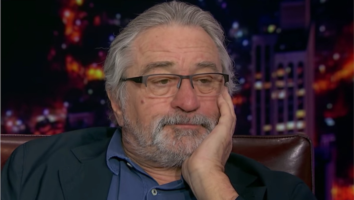"According to Robert De Niro, he's going broke due to coronavirus. His lawyer says De Niro will be lucky ""if he makes $7.5 million this year"": https://t.co/VUzXBEG4AS https://t.co/GK57YmvANI"