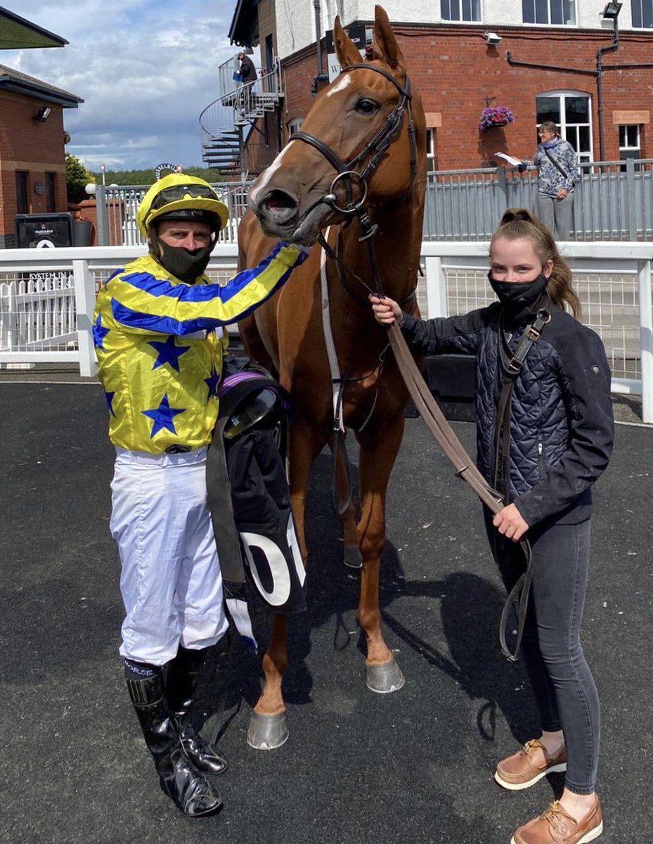 International Girl gets it right first time of asking at Musselburgh and looking happy. Well done to owner Phil Smith, ridden by Tony and very well looked after by Emma