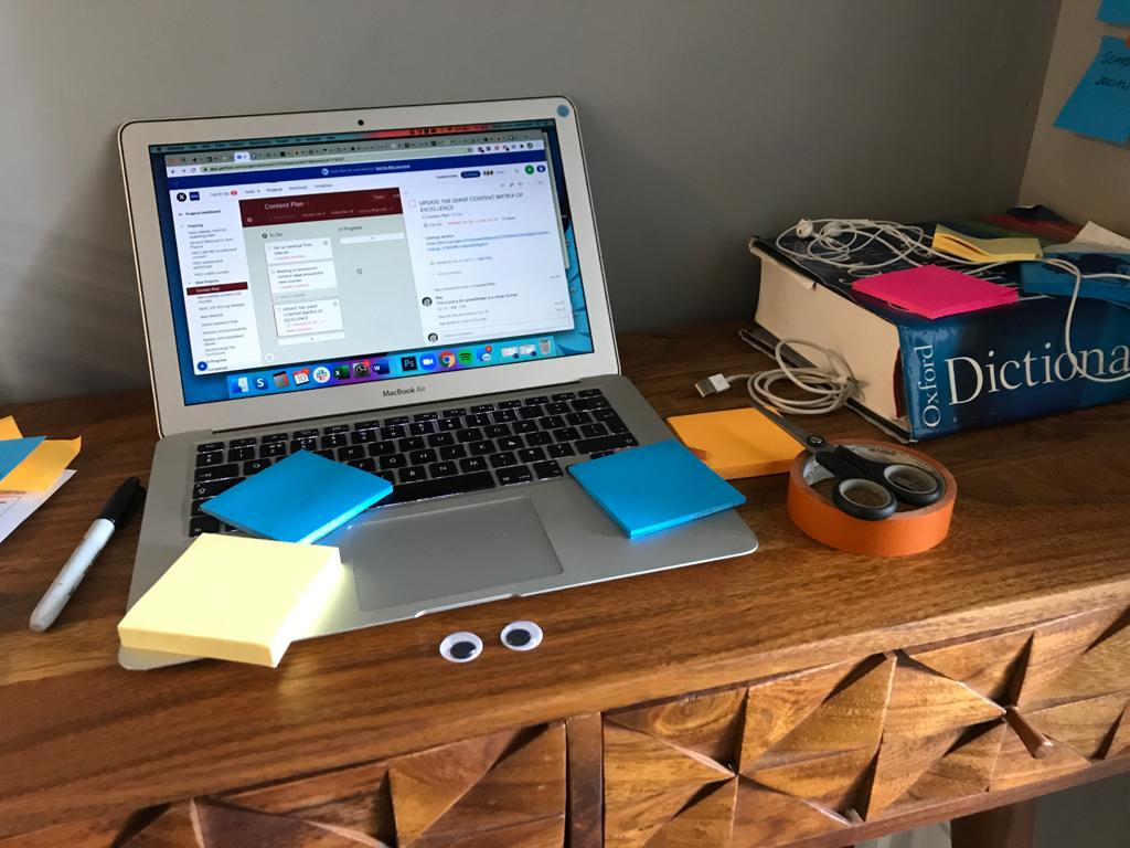 The quiet problems of working from home with kids that no one is talking about #googlyeyes pic.twitter.com/iaI4SzeMT8