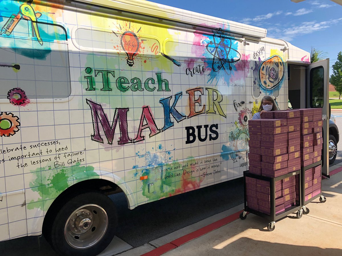 The iteach MakerBus is spreading Maker love today! Partnering @vickerymill to get some activity crates in the hands of their amazing students!  Thanks @kiwico_inc for working with us to make this happen.  Also... @UPS for going out of the way for us. @MandyBe1l icu all masked up! https://t.co/yjLL1pDOGn