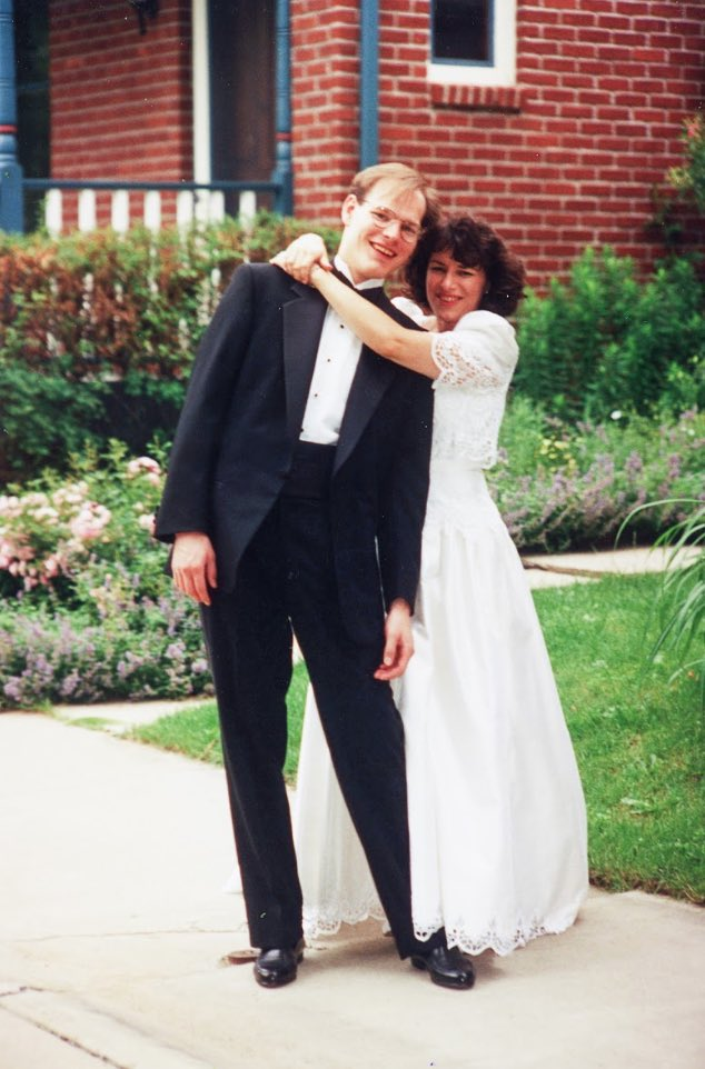 Happy anniversary John! Thank you for 27 years filled with three Ls: love, laughter and loyalty. From going canoeing the morning of our wedding to being the best dad ever, you have always stood by my side and there has never been a dull moment! Here's to many more years💜 https://t.co/xkyNX6W3jv