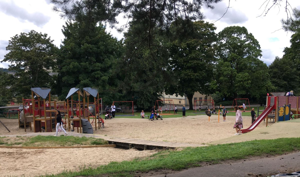 It's great that our @bathnes play areas are open in time for the summer hols. Please keep your 2m distance, and if the area is too busy pls #comebacklater #thinktwice #BeKind https://t.co/gmMwhbxLP2