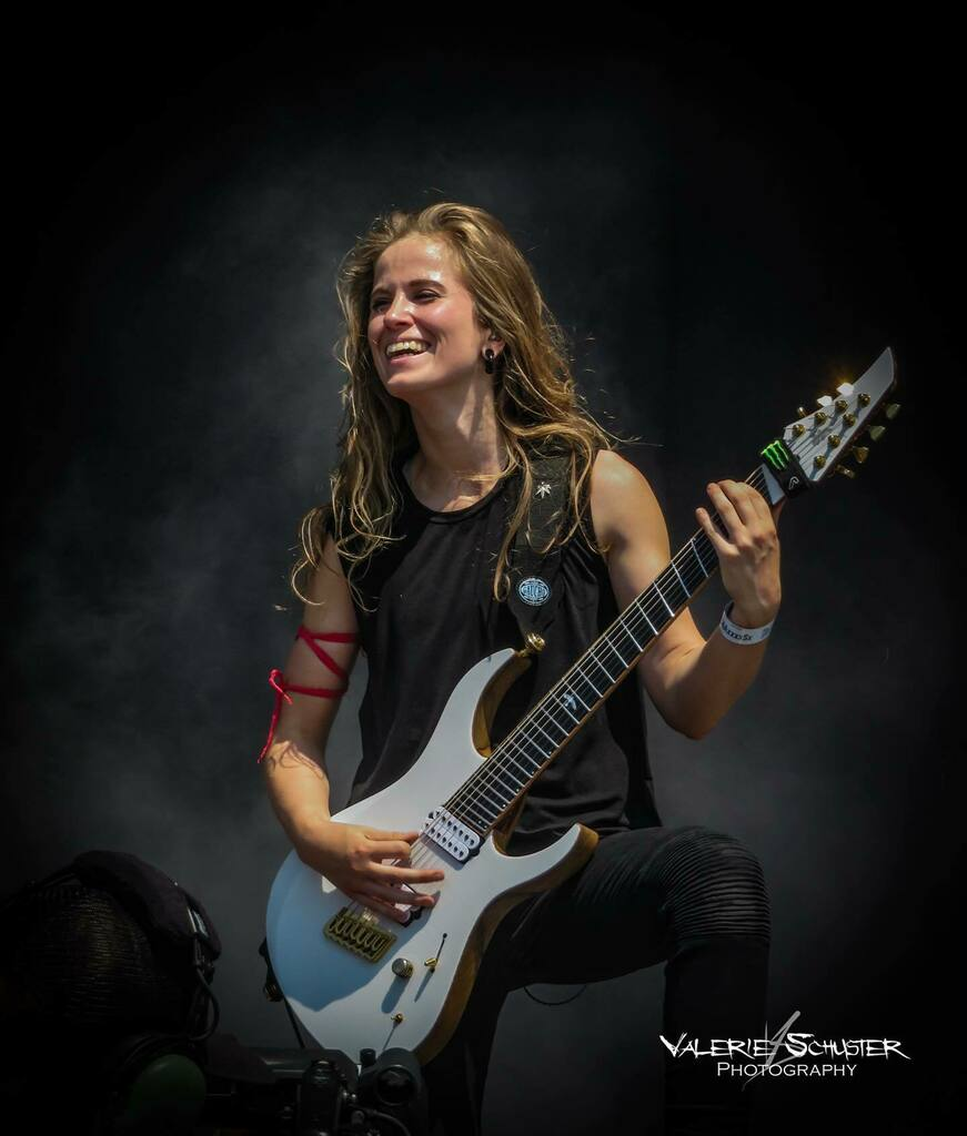 Day 2 of the best of week :) Merels last show with Delain at Graspop :)  Delain at Graspop, 23.06.19 :D  #delain #merelbechtold #live #concert #festival #symphonic #symphonicmetal #metal #music #metalmusic #dutch #band #metalband #guitar #guitarist #conc… https://instagr.am/p/CCdsiZBKtdf/pic.twitter.com/r8EzF7K7ON