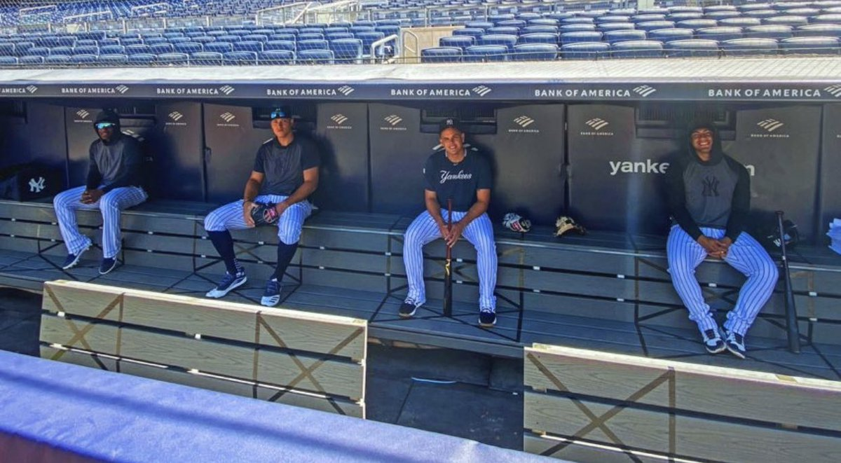 The @yankees show what a socially distanced dugout looks like... https://t.co/DN2Wcxy7wq