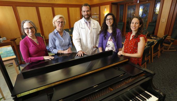 Researchers explore #music's effect on ICU patients, staff https://t.co/nYDm29Aj1R   #nursing #delirium #PTSD @guse_guse @PietroMorelli6 @KateSwaffer @AnthropoceneM @shelbygirl83 @JamiJm @ElinSilveous @DawnMGibson @sherry_bath @Nikkki_R @suemarietta @meganhswanson @MaryRWilliams4 https://t.co/6cCG8gVhK1
