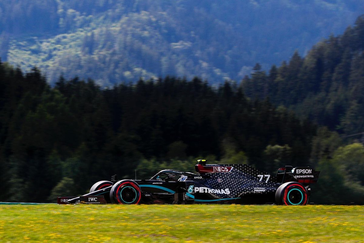 🏁 FRIDAY ✅  P2 & P6 for #PETRONASmotorsports in the final session of the day 🇦🇹  Looks like we'll be swapping our 🕶 for ☂️ tomorrow, as @MercedesAMGF1 return to the ring for Quali 🤞   Send us your support, Team! 👇 https://t.co/PBYgMVPUSg