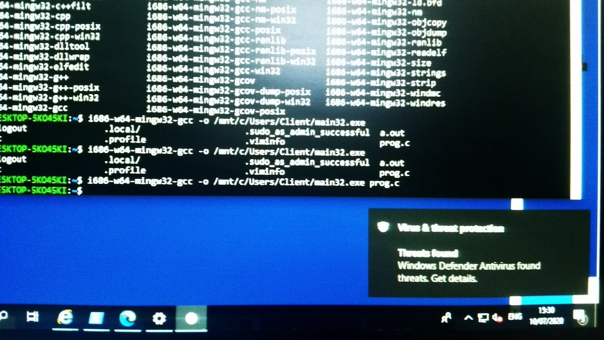 is someone going to explain to me how hello world set off windows defender pic.twitter.com/Q8OfMbzhAm
