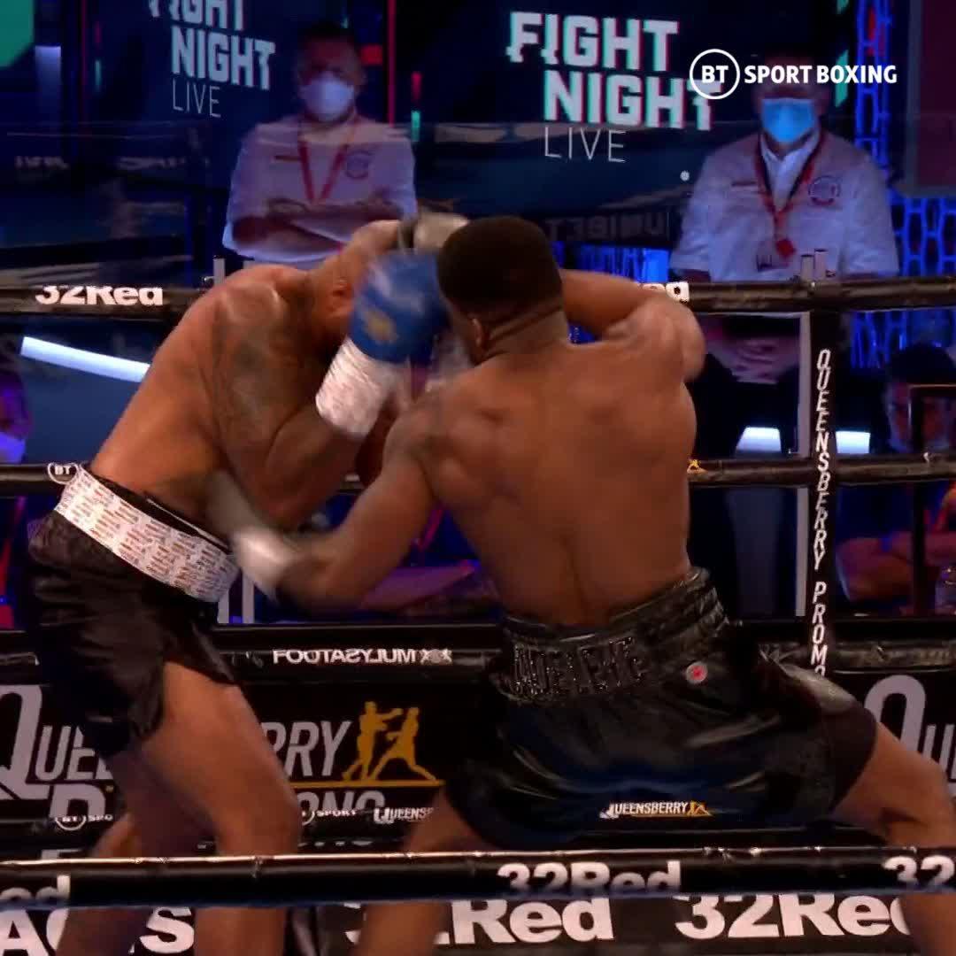 Heavyweights landing body shots is something we need to see more of 😍 @DavidAdeleye_