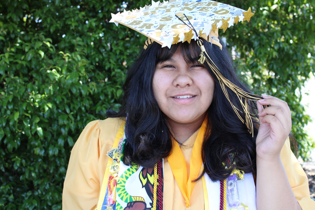 """Our seniors, like Angellina, shine so bright! Her senior quote: """"There's so much more dignity in defeat than in the brightest victory."""" Our SRA Rising Stars have overcome challenges and remain victorious! We are so proud of the #Classof2020.  Congrats on all you have achieved! https://t.co/nh9bab9ejV"""