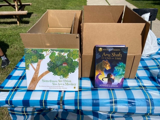 Fridays from 11:30 am - 12:30 pm at Wyatt is The Winnipeg Harvest Breakfast2Go Pop-up Summer Food Program! Stop by to pick up some healthy snacks and a book! https://t.co/469MiG3fI0